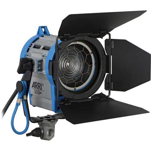 Arri_531300_300_Watt_Plus_Tungsten_1421168748000_72010